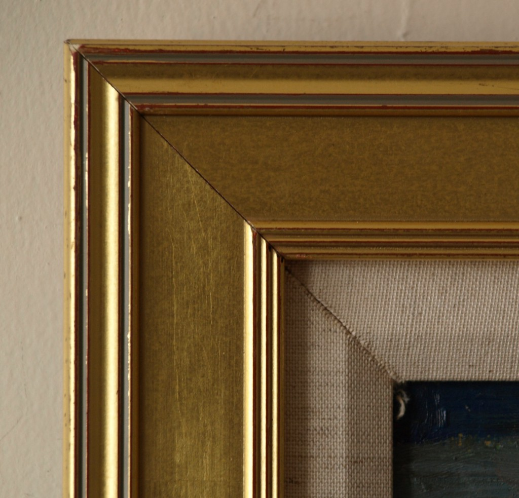 Gold Frame - Thick Outside Ribbing